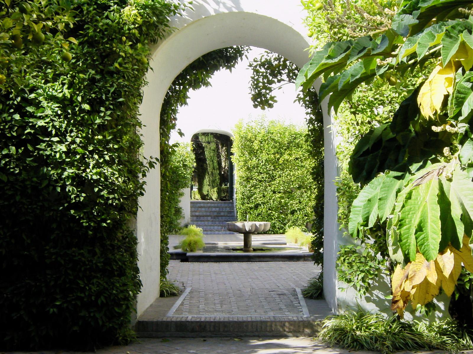 JARDINES DEL REAL ALCÁZAR DE SEVILLA by jardinería y paisajismo