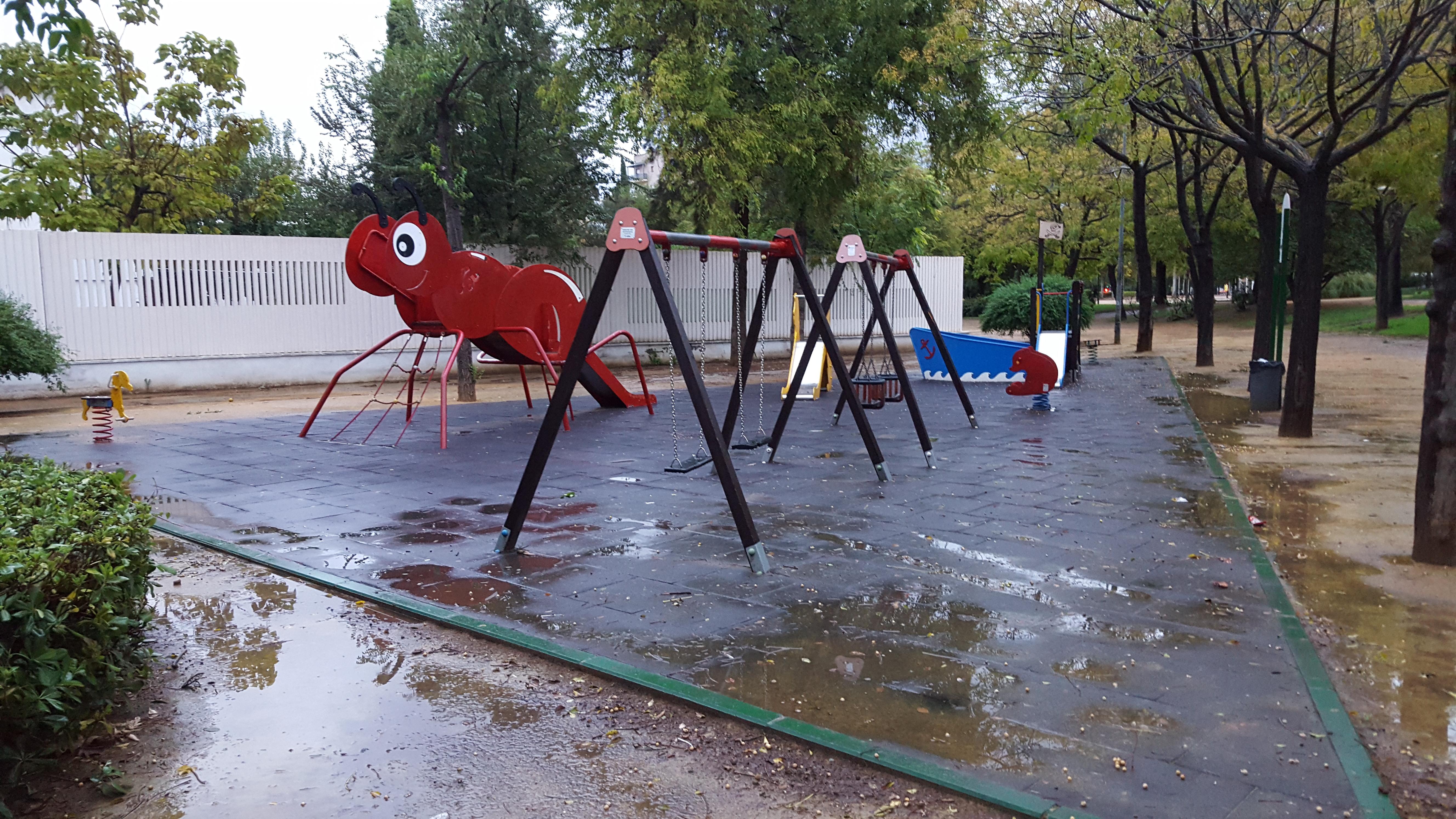 Parque de jos celestino mutis sevilla an lisis cr tico - Mobiliario infantil sevilla ...
