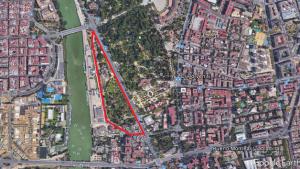 Imagen 2. Plano de localización de los Jardines de las Delicias (Sevilla). Fuente: Google Earth.