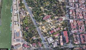 Imagen 3. Plano de localización ampliado de los Jardines de las Delicias (Sevilla). Fuente: Google Earth.