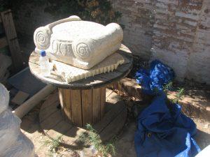 Imagen 21.- Capitel jónico. Fuente: Pilar Gonzalez-blogspot.